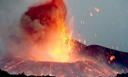 Volcanic eruptions from around the world,Hawaii Volcanoes,Kilauea,Yellowstone,Mt St Helens,Vesuvius,Etna,New Zealands volcanoes,Ruapehu,Montserrat volcanic eruptions