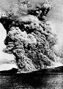 Mt.Pelee eruption on Martinique