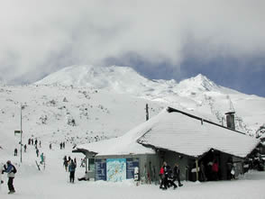 Ruapehu in winter ski resort