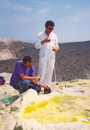 Sulphur emmission monitoring on Vulcano